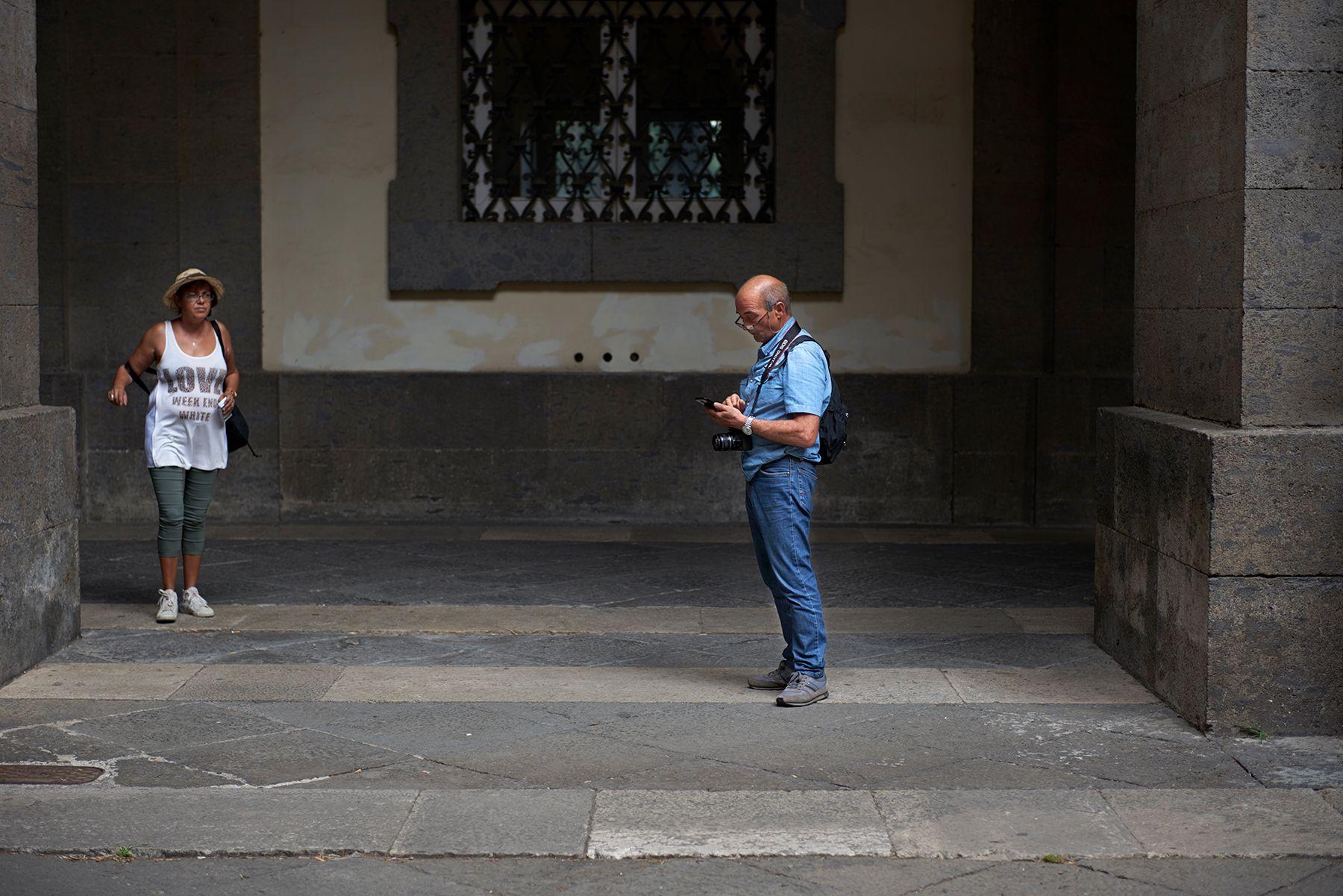 Fotógrafo con móvil