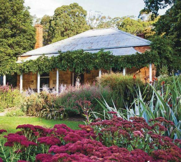 Classic australian cottage buildings architecture for Cottage garden designs australia