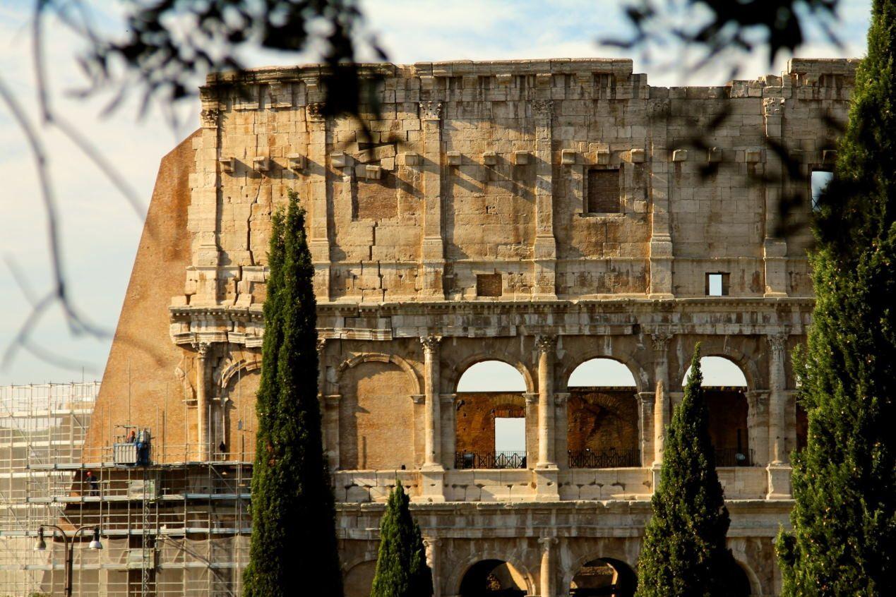Colosseum Height