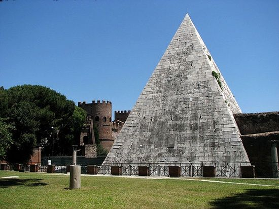 Architecture Fabulous Ancient Stone Pyramid Roman Architecture