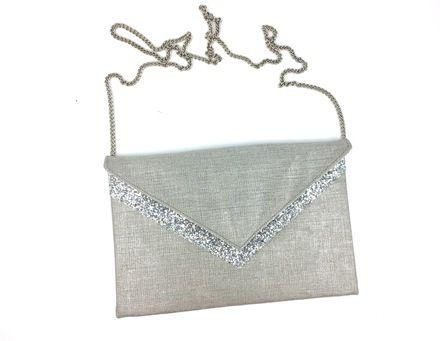 507eb06c88 Pochette de soirée mariage en lin métallisé argenté , paillettes argentées  et chaîne argentée : Sacs à main par fil-des-toiles