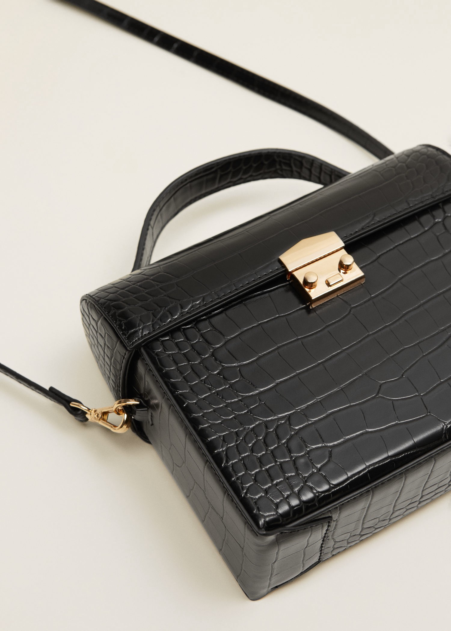 b3461f58518 Mango Croc-Effect Chest Bag - Black One Size   Products in 2019 ...