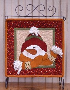 snowman wall hanging | Christmas Quilting | Pinterest | Snowman ... : christmas quilt wall hanging - Adamdwight.com