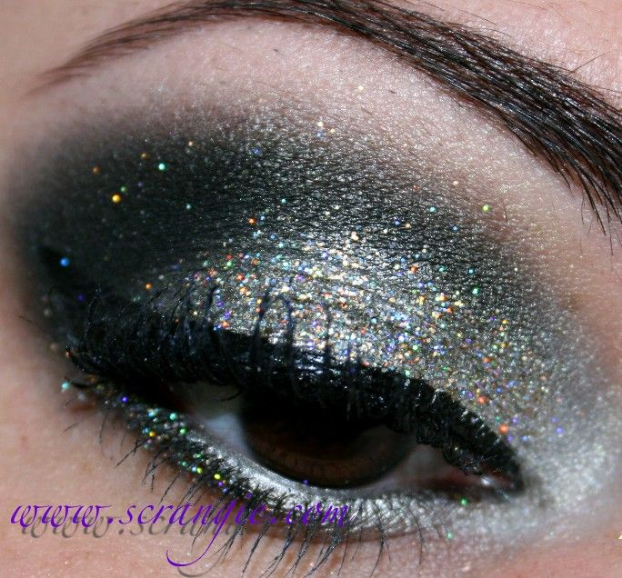 Scrangie: New Year's Eve Eyes and Nails