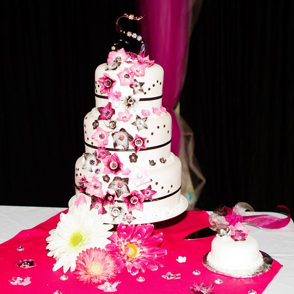 wedding cakes black white and pink pink and white cakes www pixshark images 23902