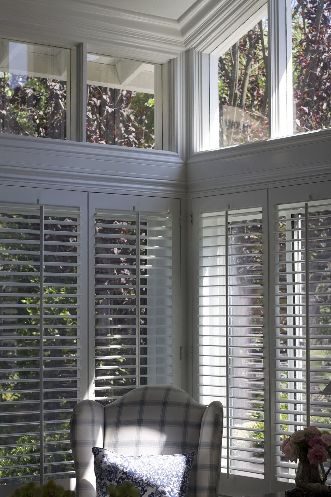 Kitchen nook window treatments  the blue house i just had to share this beautiful transformation
