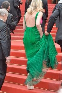 Cannes 2012. Day 6. The Festival reaches half & the rain didn't soak smiles on the Red Carpet.