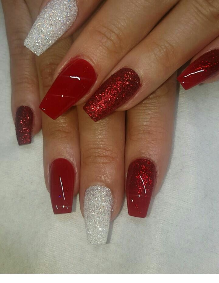White And Red Nails Inspiring Ladies Chistmas Nails Thanksgiving Nails Christmas Nails Acrylic