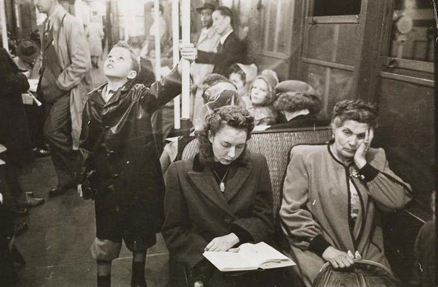 El Metro de Nueva York fotografiado en 1946, por un Stanley Kubrick de 17 años