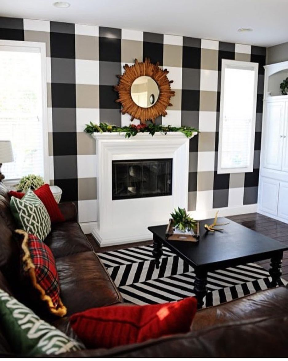 Holiday Home Tour Mad for Plaid How