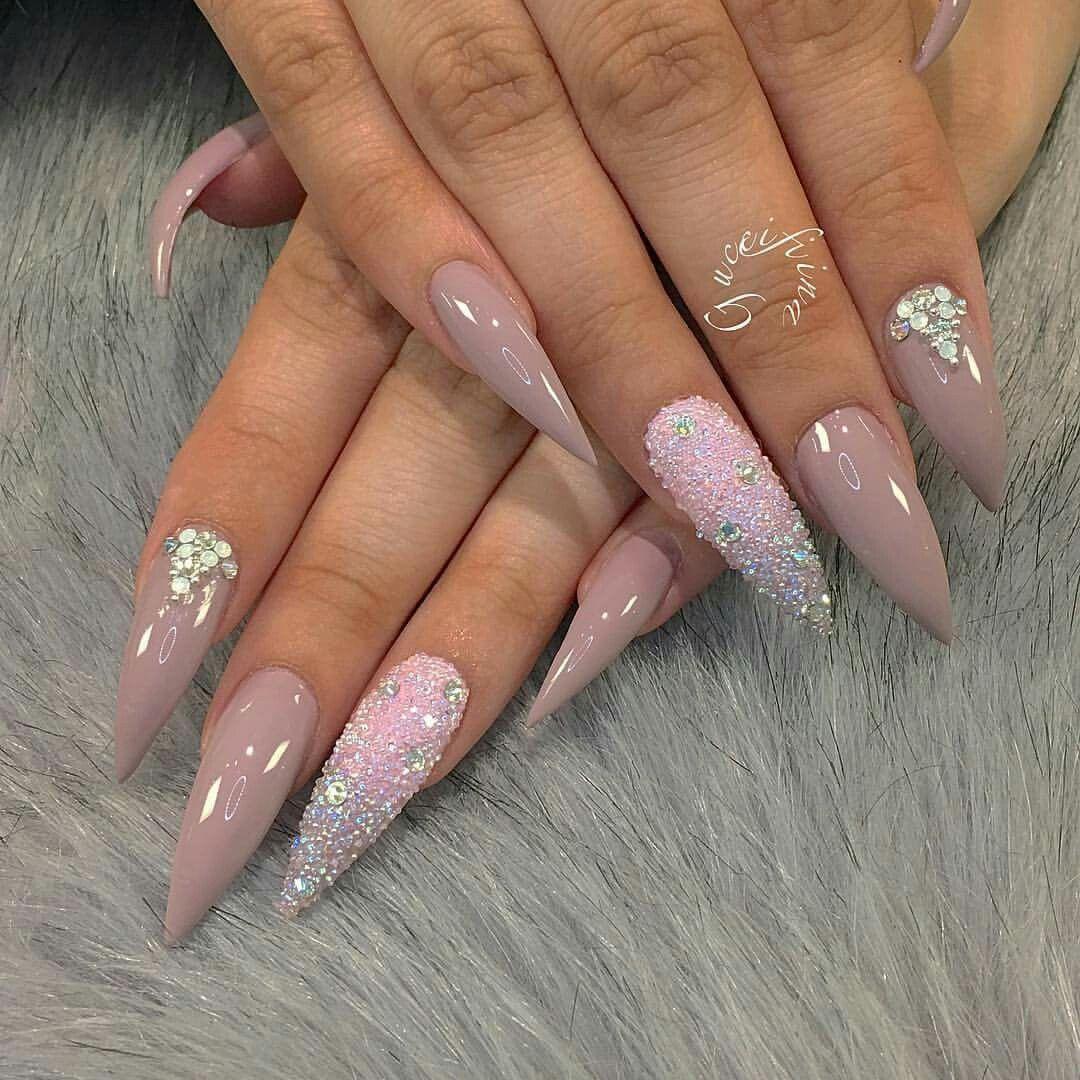 Pin von Adina Costen auf Nails   Pinterest   Nagelschere ...