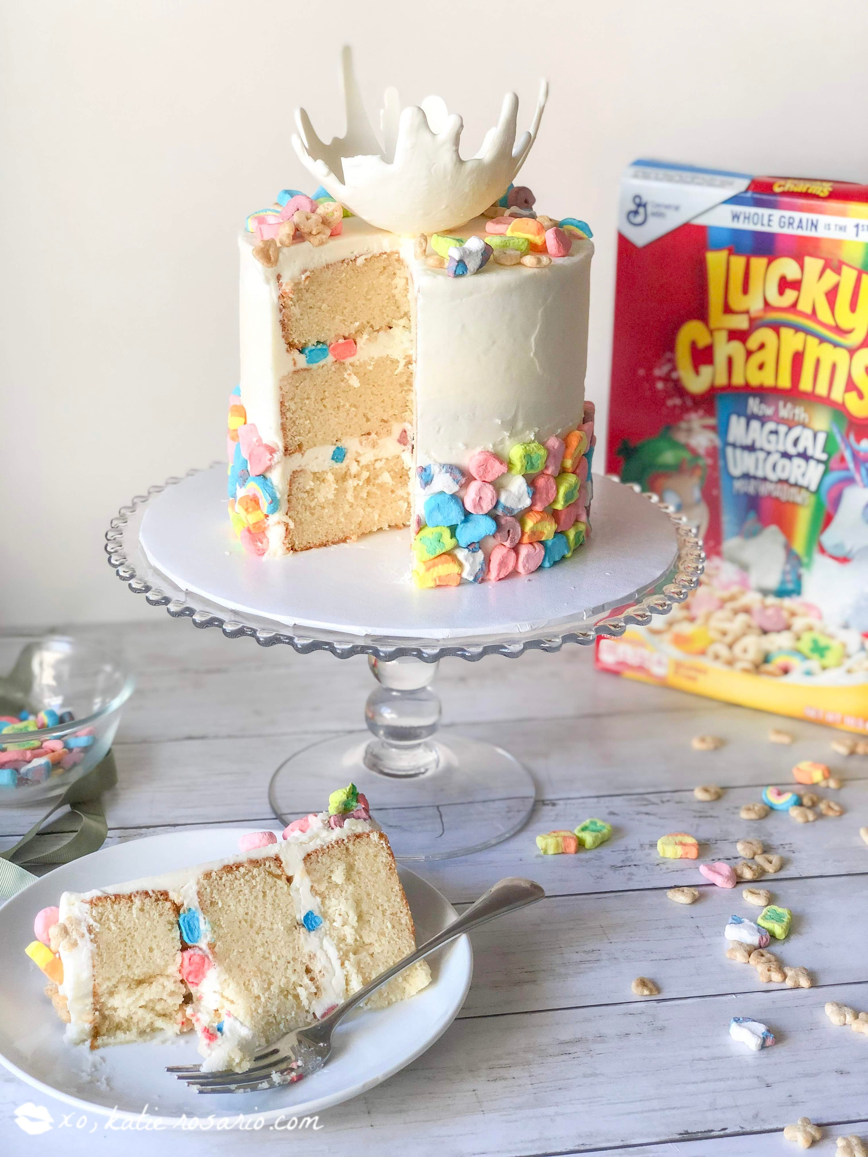 Lucky Charms Cereal Cake | Recipe | Creative cake ...