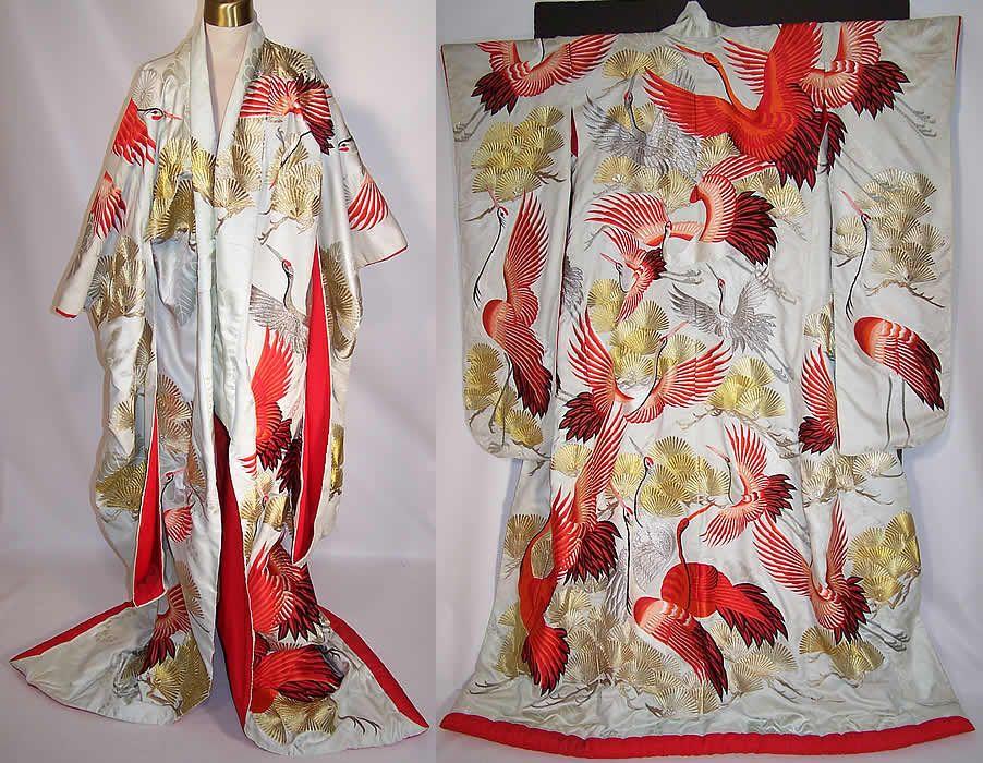 Traditional Wedding Kimono | ... Japanese Crane Red Silver Gold Embroidered Uchikake Wedding ...