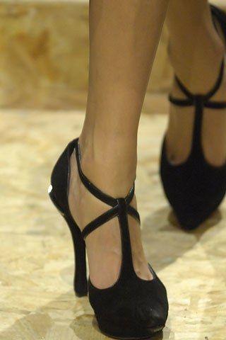 John Galliano Spring 2008 Ready-to-Wear Fashion Show Details