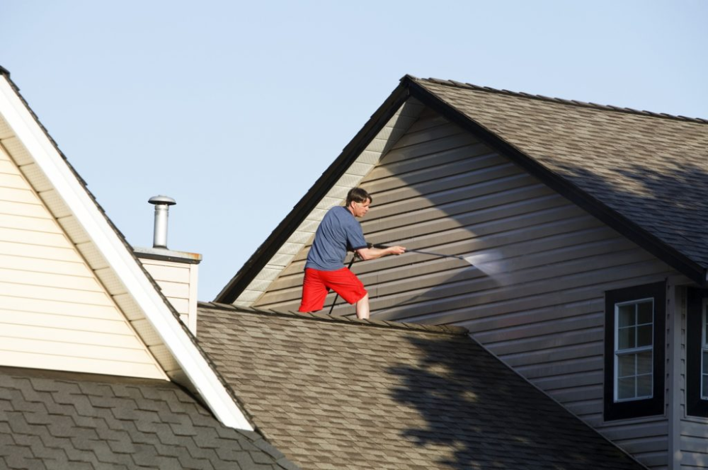 Should You Pressure Wash House Before Painting Eco Paint Inc Pressure Washing Exterior Paint House Paint Exterior
