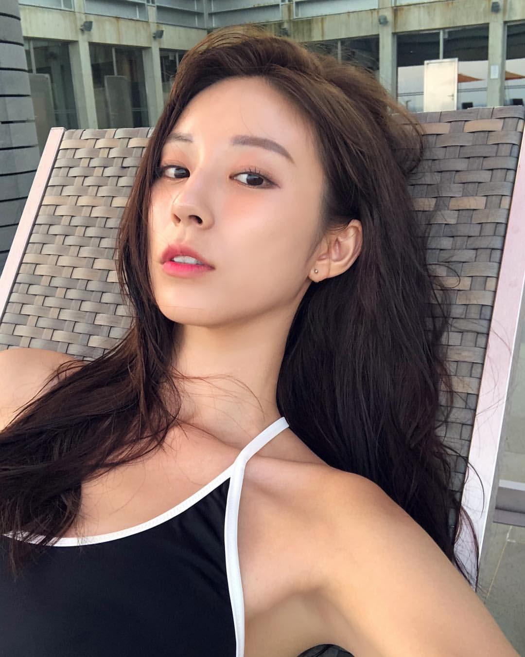 Hot Korean Girl Big Boobs