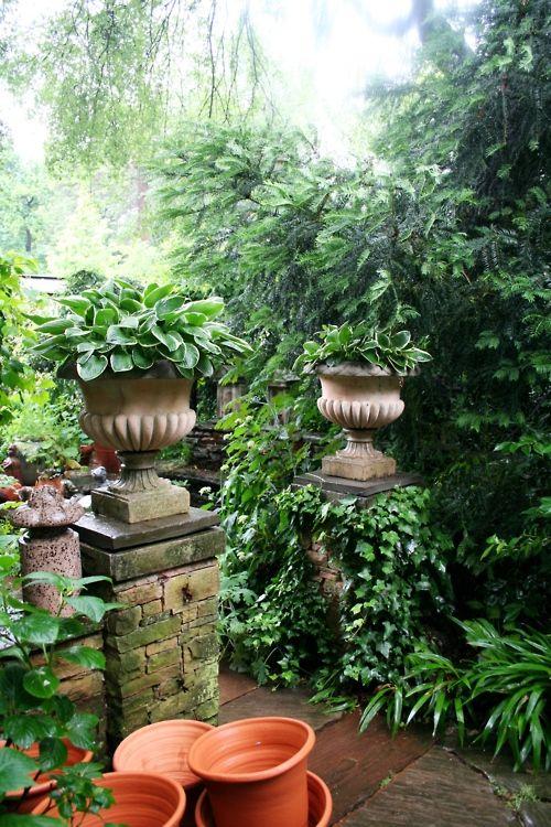 Ryan Gainey S Iconic Garden Decatur Ga Charleston Gardens Outdoor Gardens Garden Entrance