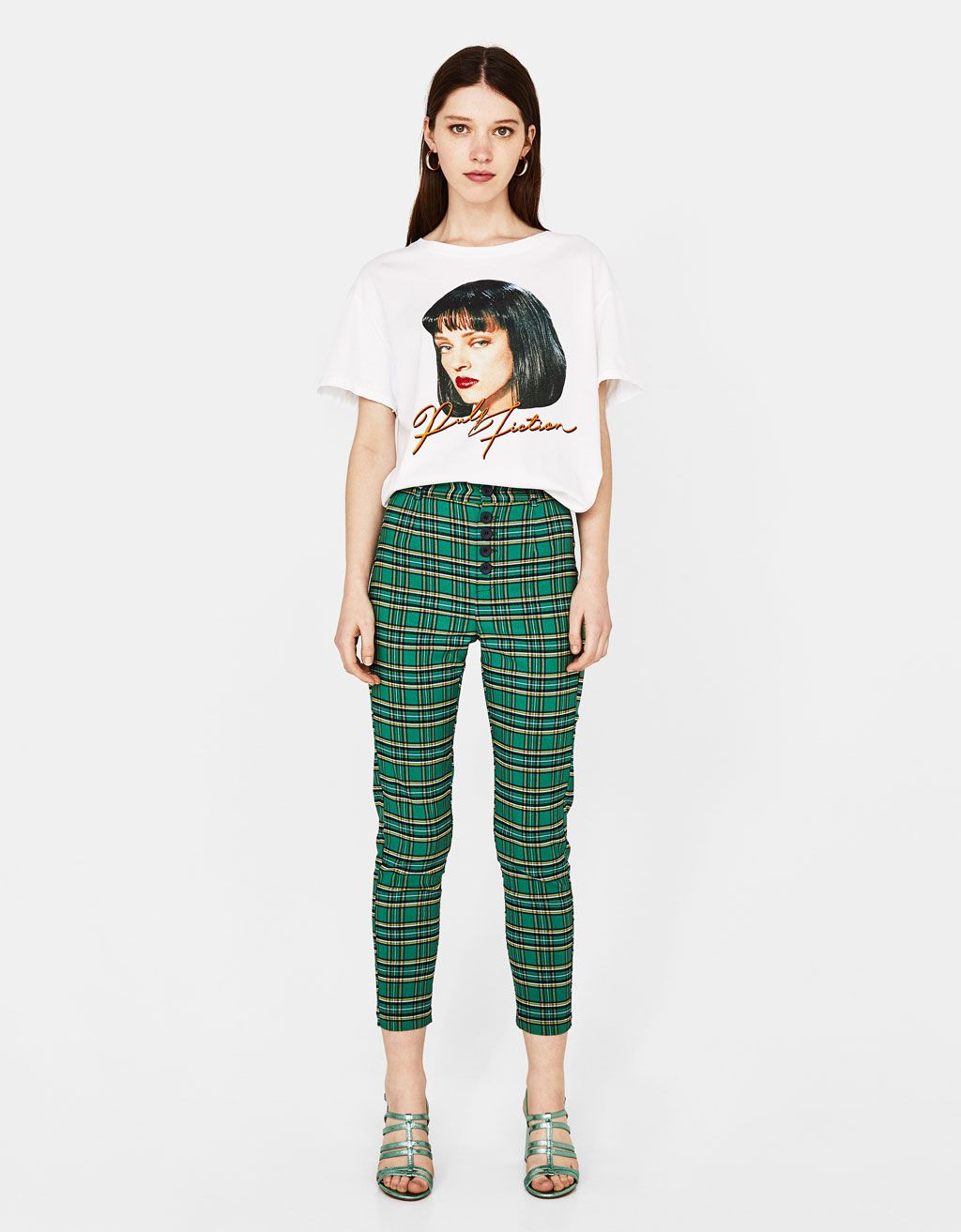 c4c5a0022b31 High waist checked trousers - Bershka  fashion  product  checked  trousers   highwaist  cuadros  pantalon  cintura  green  verde  girl  girly  trend   trendy ...