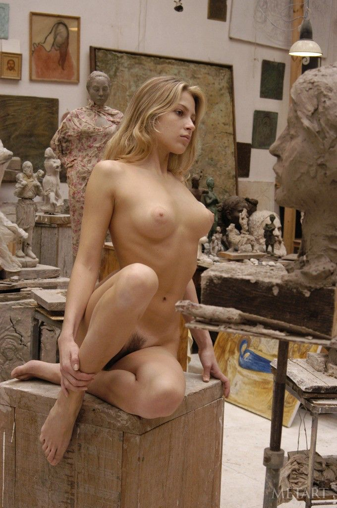 Bad art class nude model with you