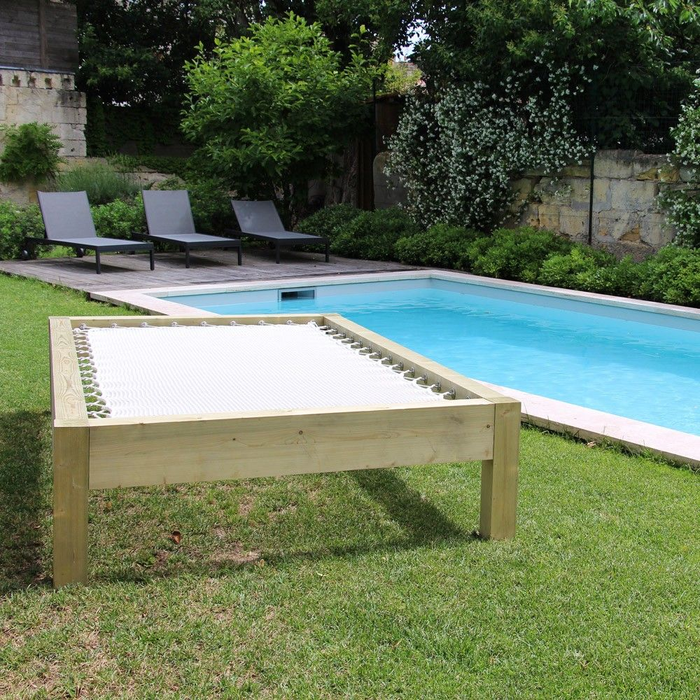 sunbed au bords de la piscine filets sunbed pinterest am nagement ext rieur am nagement. Black Bedroom Furniture Sets. Home Design Ideas