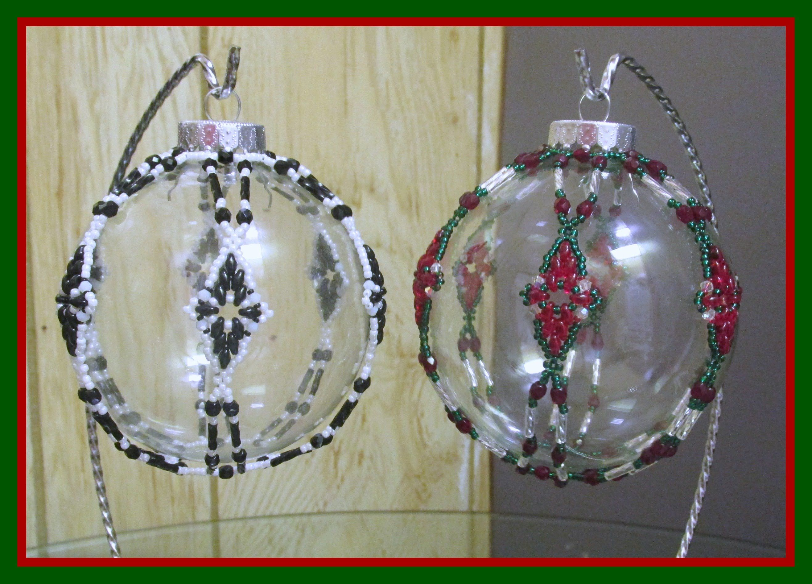 Kelly From Off The Beaded Path In Forest City North Carolina Shows You How Make A Great Ne Beaded Ornament Covers Beaded Christmas Ornaments Beaded Ornaments