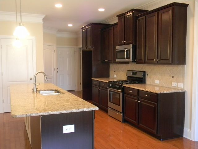 Kitchen With Lowered Bar Timberlake Scottsdale Cherry Java