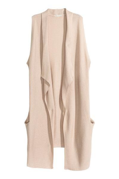 Gilet in maglia: Gilet in morbida maglia misto cotone lavorata fantasia. Modello lungo con collo a scialle drappeggiato e tasche davanti. Senza bottoni.