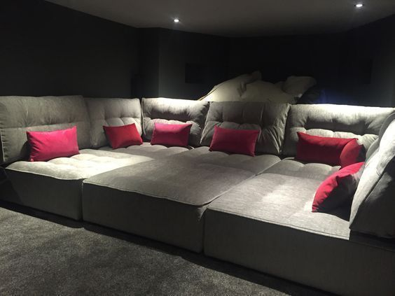 50 Basement Home Theater Design Ideas to enjoy your movie time with family and friends #movietimes