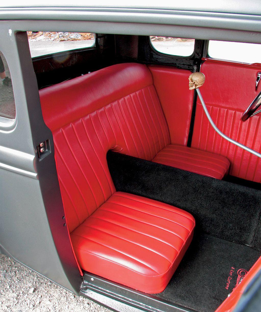 Салон хот рода 1930 Ford Model A Coupe Slammed