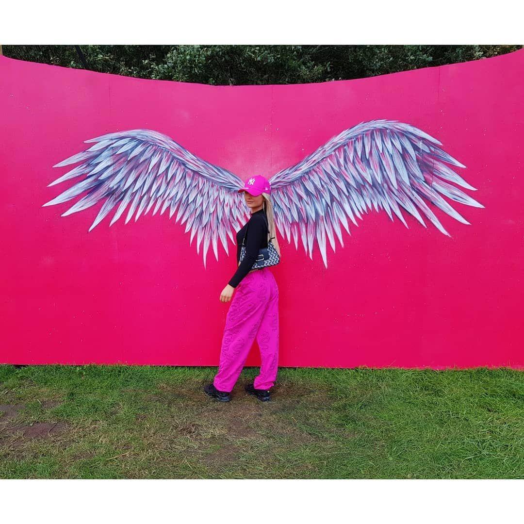 Definitely not an angel 💕  #latinvillage2019 #spaarnwoude #festival #fitgirl #instafit #fitfamnl #fi...