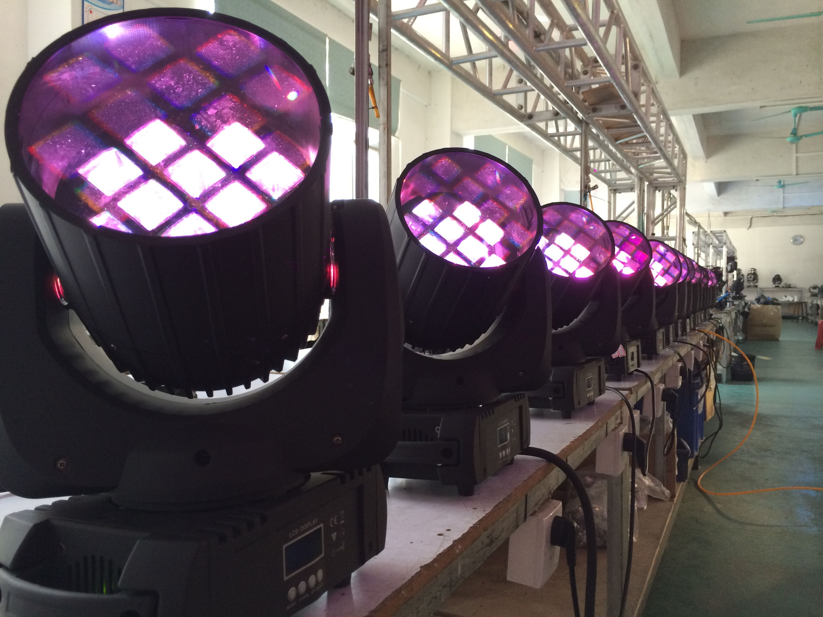 12pcs Rgbw 4 In 1 10w Cree Led Moving Head Light Https Www Facebook Com Wavelighting1 Cree Led Headlights Cree