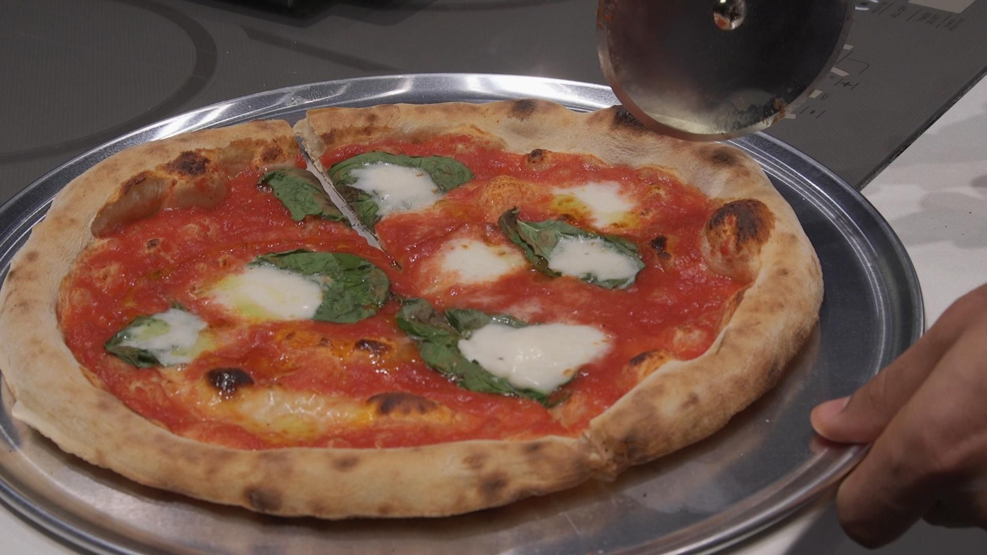 Make Great Pizza at Home on Game Day Home pizza oven