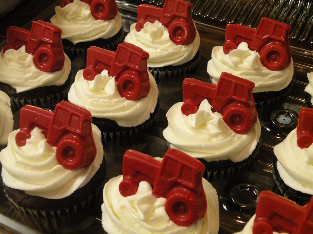Case IH Cupcakes--How awesome are these? Made by a local bakery near