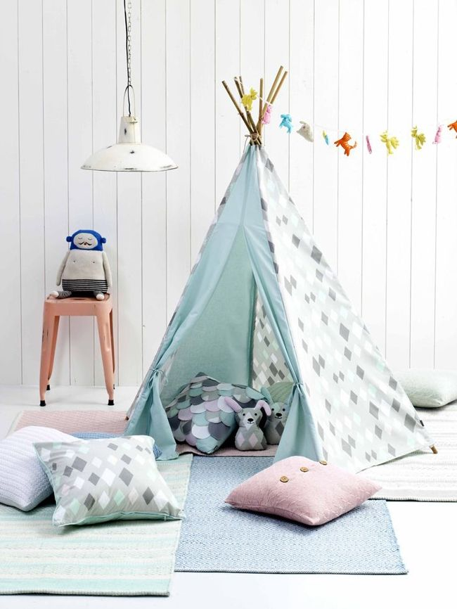 nos id es pour relooker une chambre d enfant petit prix tipi kids rooms and room. Black Bedroom Furniture Sets. Home Design Ideas