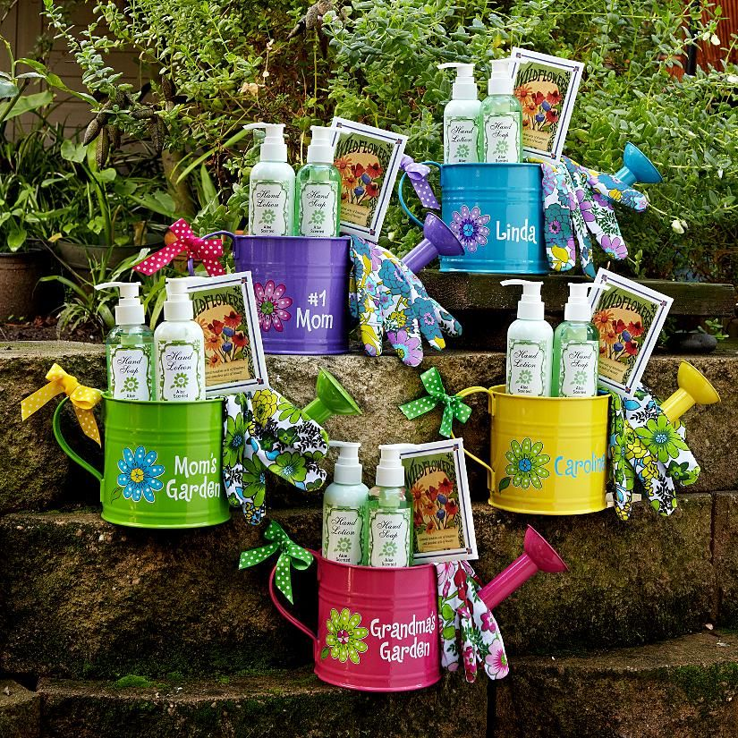 Cheerful Watering Can Garden Sets Cute mothers day gifts