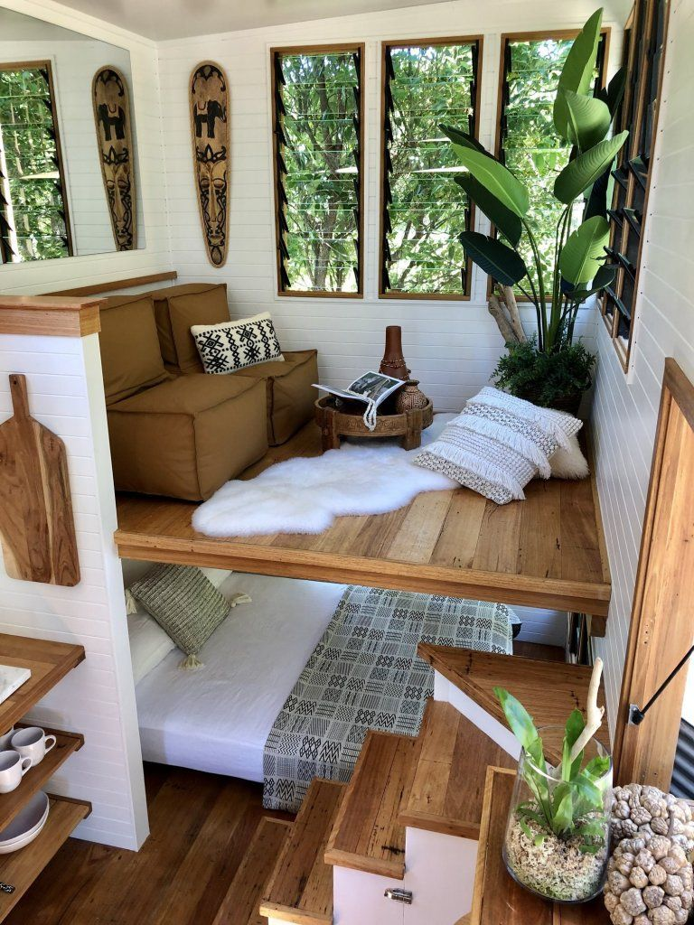 In this tiny house it is the living room which is upstairs - PLANETE DECO a homes world