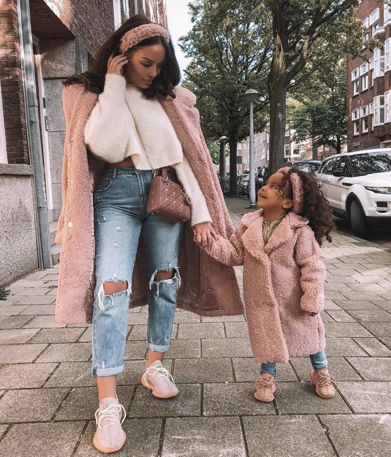 30 Show Stop Mutterschaft Outfits für diesen Winter    Maternity style.  #di