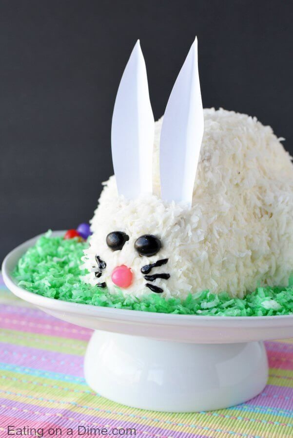 Wow Your Easter Guests with These Creative Bunny Cake Ideas