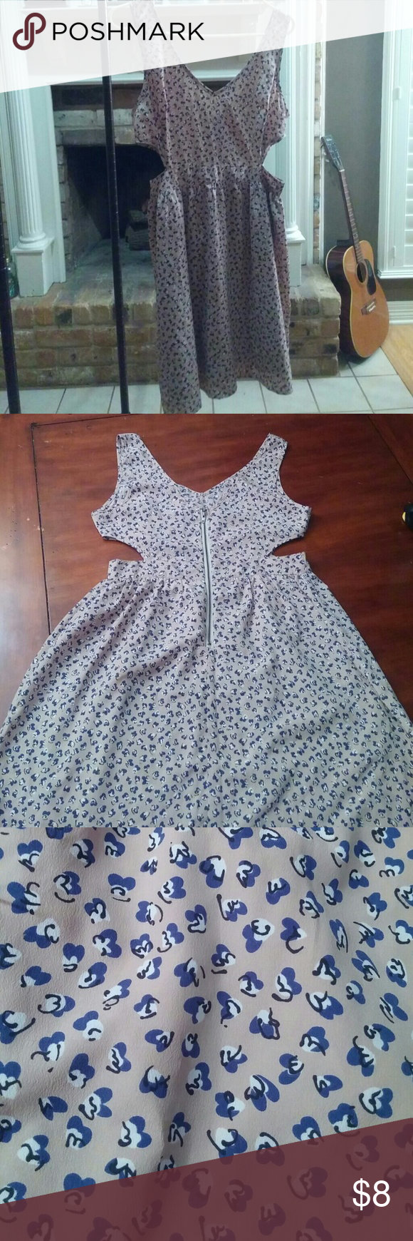 Super cute summer dress?? This summer dress is super cute with side cutt out zipper in the back would look cute with sandals or white vans even low cutt boots. Ya Los Angeles Dresses Mini
