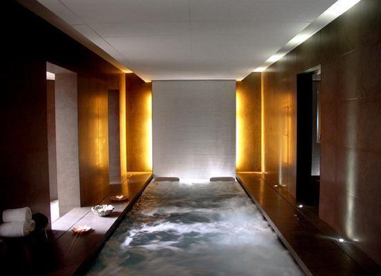 L'Hôtel OMM, un défi artistique et contemporain à Barcelone
