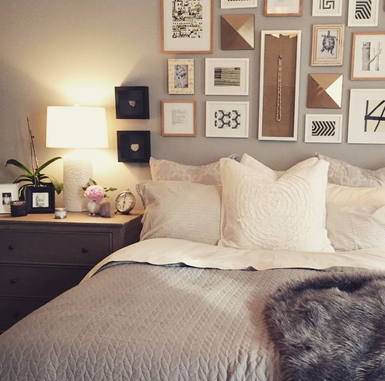 Best Feminine Bedroom Boston Ma Gallery Wall Gold Champagne 400 x 300