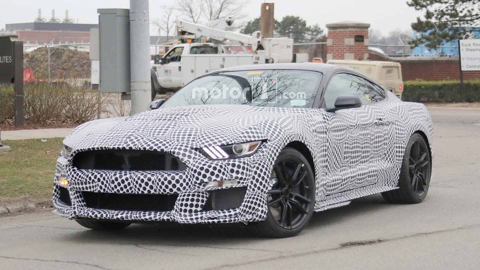 Spy Shots Ford Mustang Svt Gt 500 Redesign and Review
