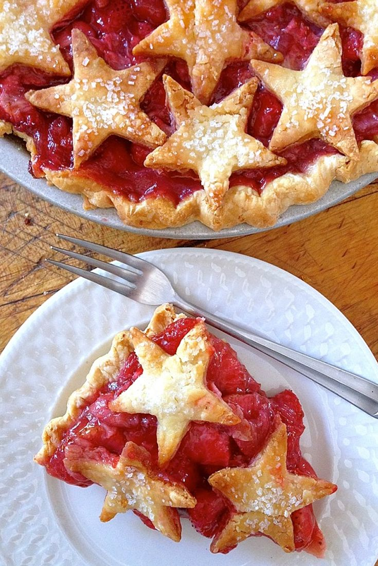 Reach for the stars when your pie needs some pretty.