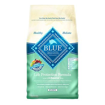 Blue Buffalo Natural Lamb & Oatmeal Puppy Food Formula with a precise blend of nutrients and antioxidants selected to help maintain the health of your dog's immune system and provide support for specific life stage requirements.