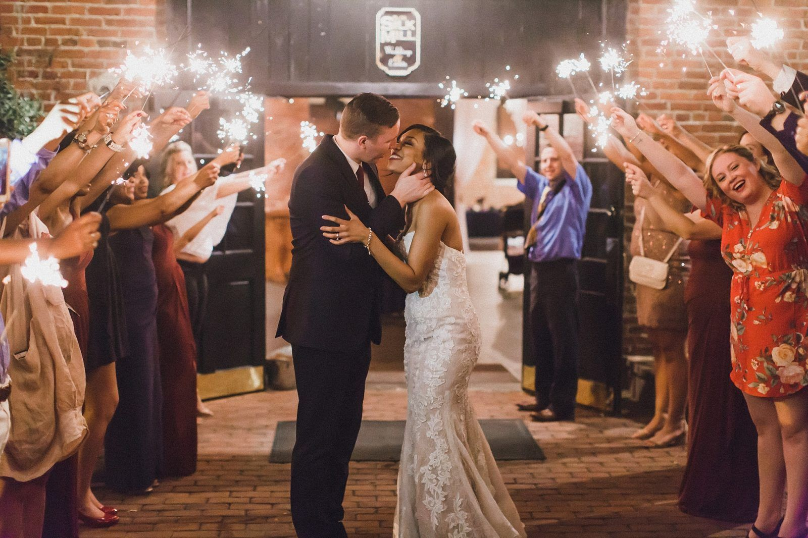 Inn At The Old Silk Mill Wedding Photos Va Fredericksburg Virginia Downtown Photography By M Harris Studios