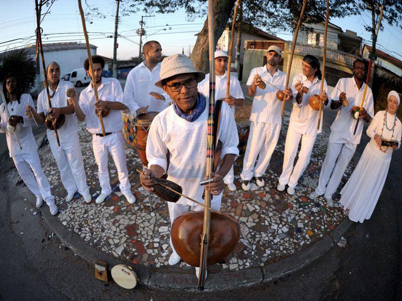 """Festival """"Som Mozum Pela Fonte"""" acontece neste domingo, 1º, das 10h às 22h, no Morro do Querosene, no bairro Butantã, com entrada Catraca Livre."""