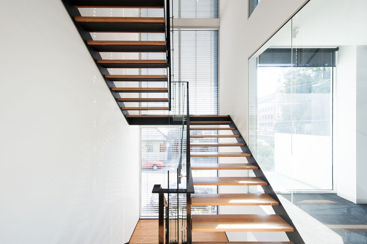 Best Cremorne Apartments Melbourne Black Steel Stringers 400 x 300
