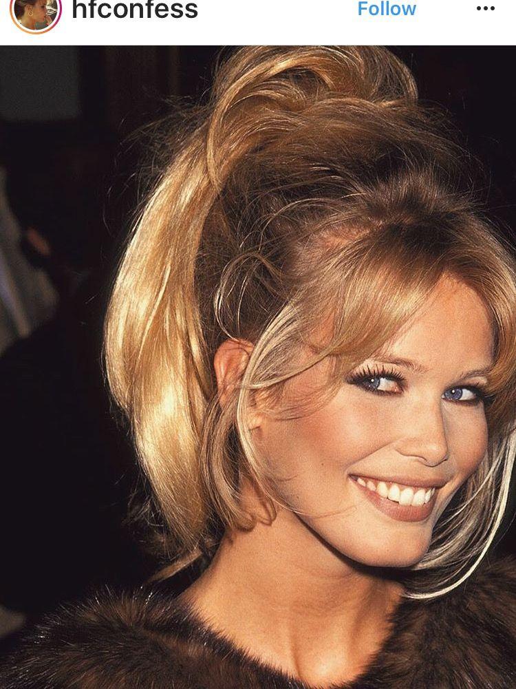 Claudia Schiffer 90s Hairstyles Claudia Schiffer Hair Beauty