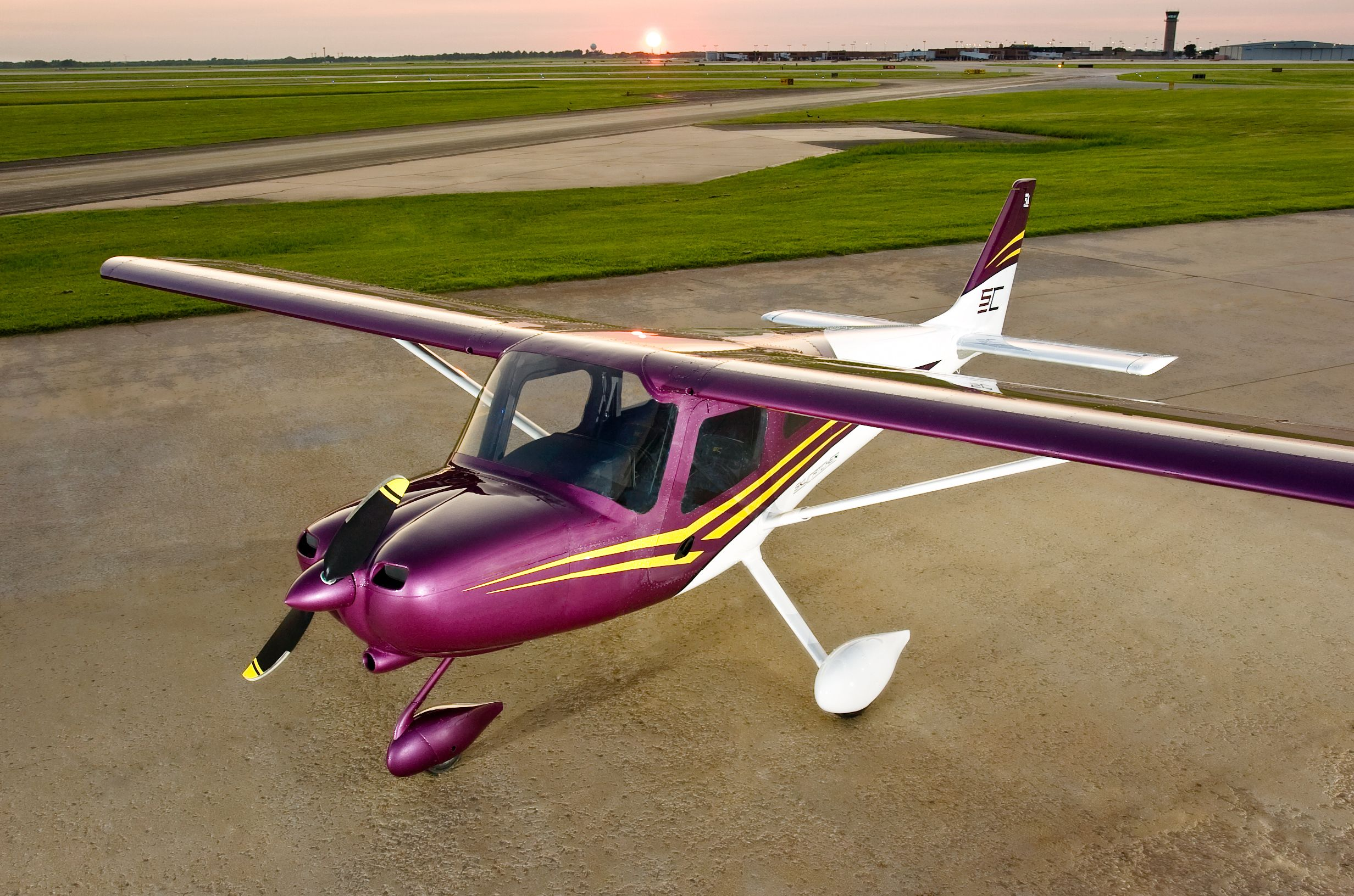 Airplanes Pictures 162 Skycatcher Light Sport Aircraft