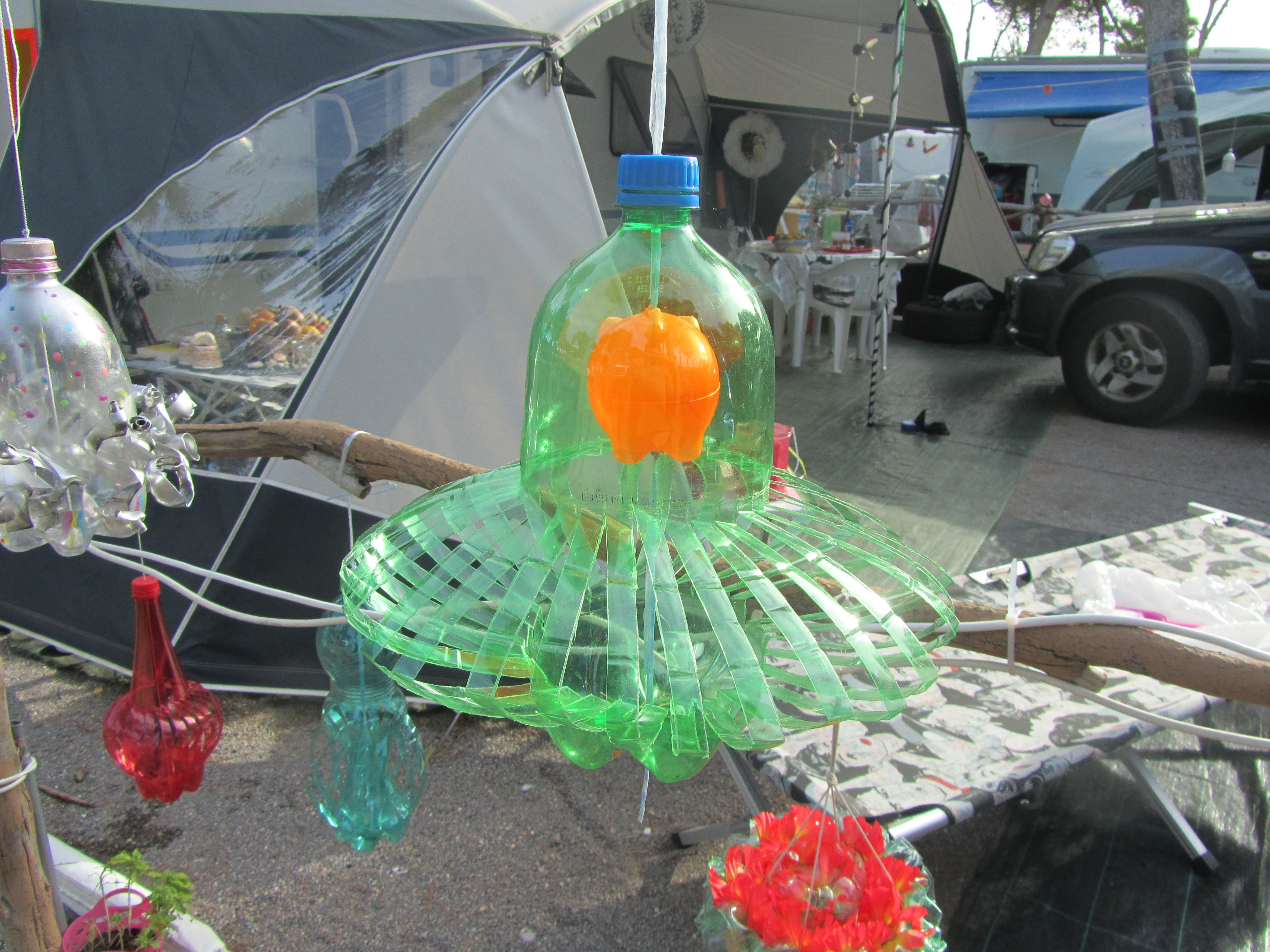 Wonderlijk crea van Marjo Viva La Vida. flessen in alle kleuren en steeds DU-27